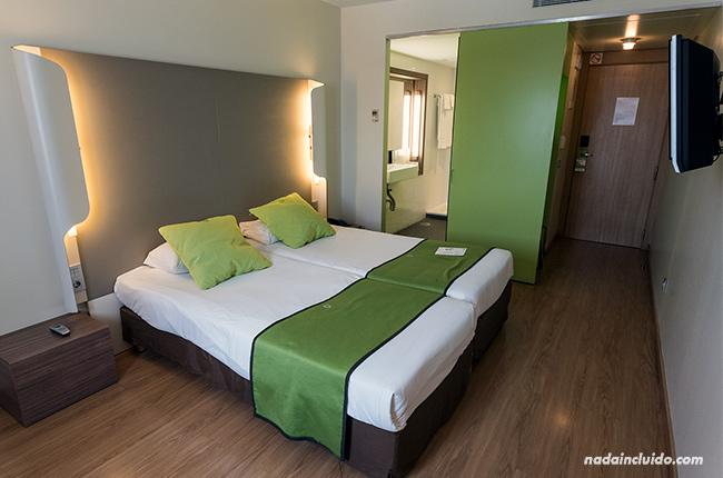 Habitación del hotel Campanile (Málaga)
