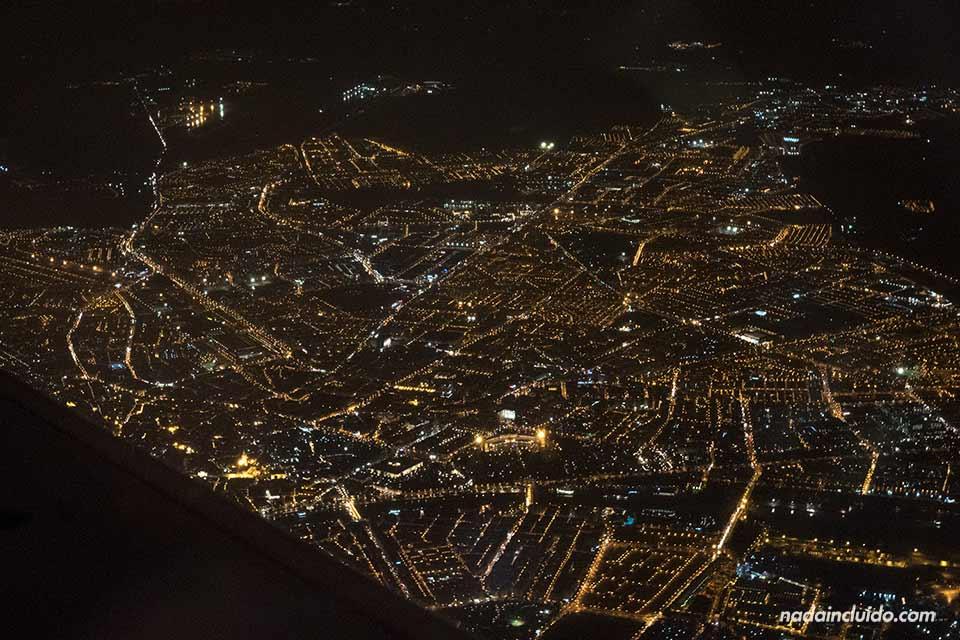 Vista de Sevilla desde un avión en ruta hacia Almería