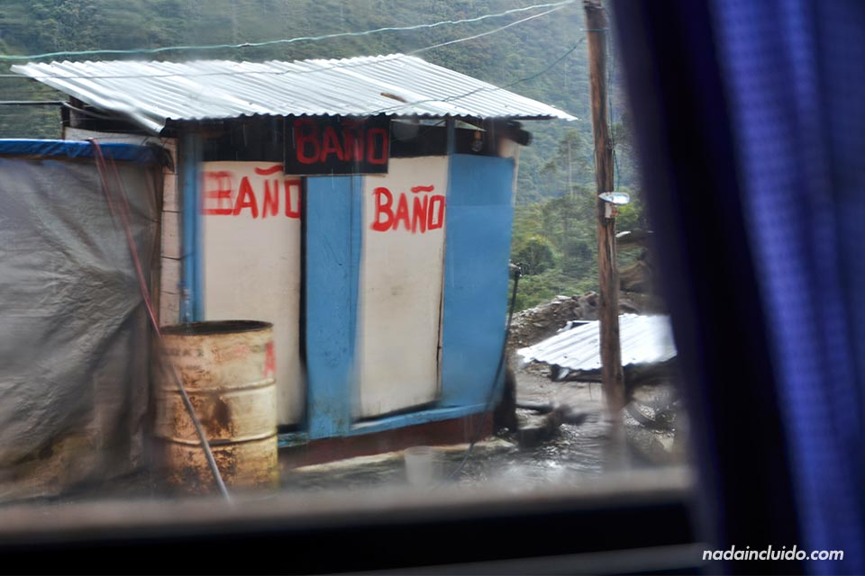 1-Autobús,-baño-(I)