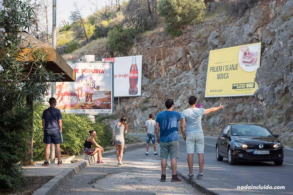 Haciendo autostop en Montenegro para la ruta Budva - Cetinje
