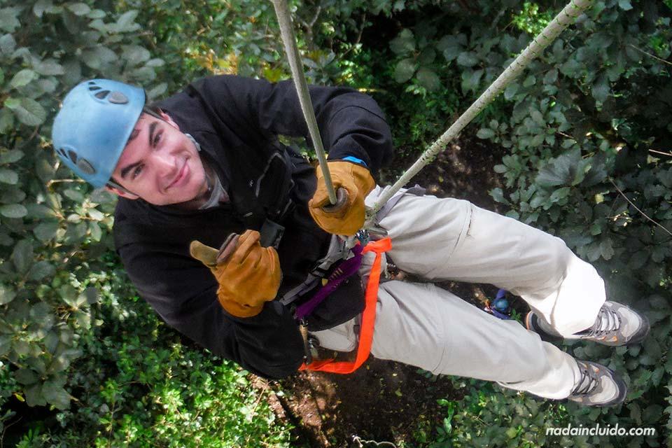 Descenso en cuerda en el Canopy Extremo de Monteverde (Costa Rica)