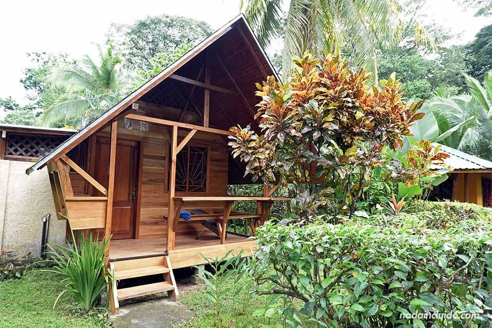 Exterior del bungalow en Cabinas Calalú, Puerto Viejo (Costa Rica)
