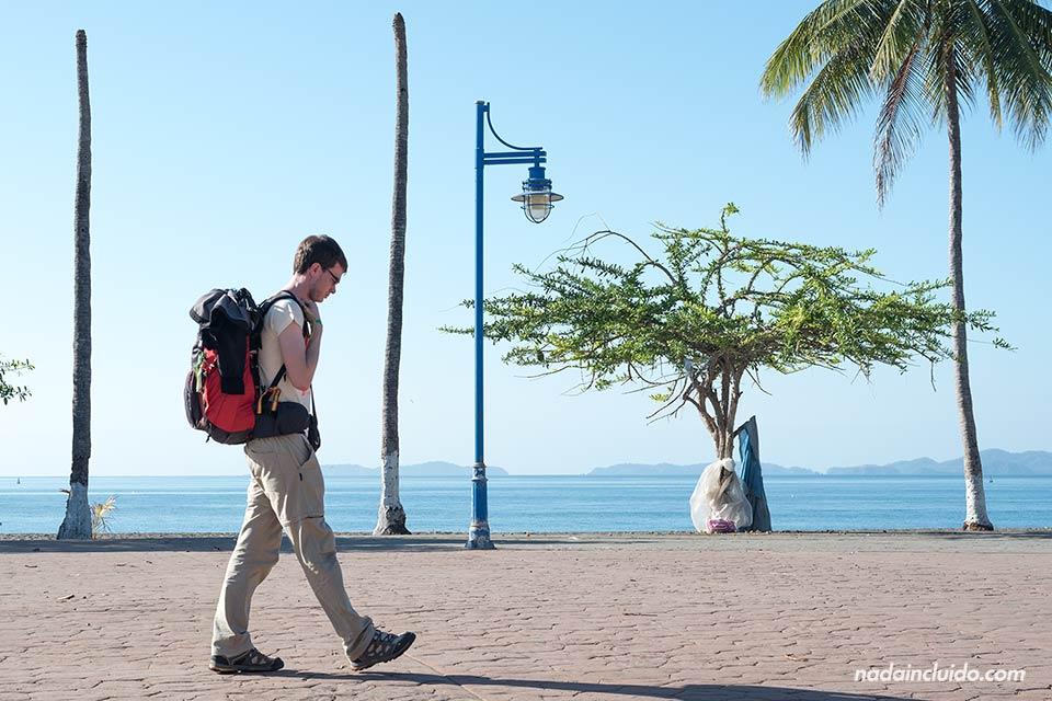 Paseando por el paseo marítimo de Puntarenas (Costa Rica)