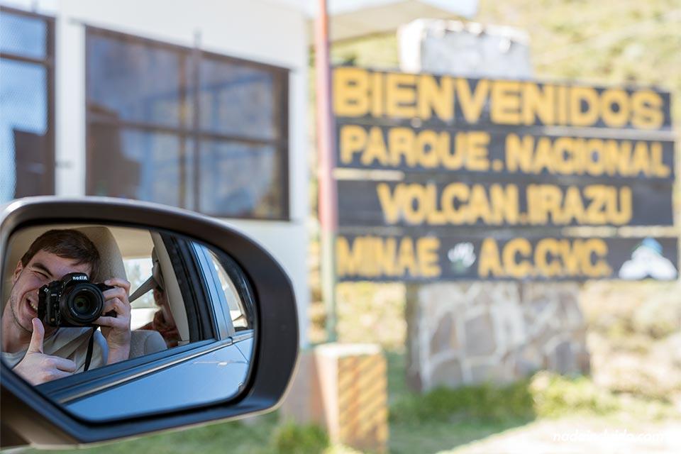 Entrada al Parque Natural Volcán Irazú, en Costa Rica