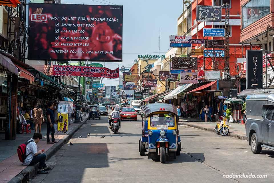 Tuk Tuk en la Khao San road de Bangkok (Tailandia)