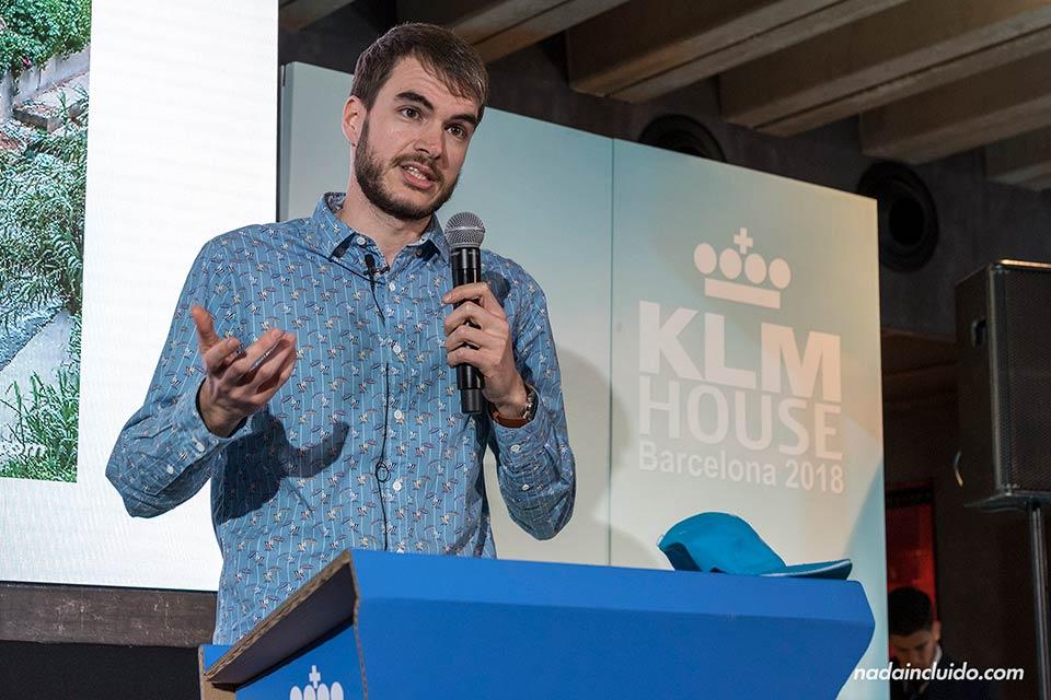 Sergio Otegui, autor del blog Nada Incluido, habla en las charlas KLMvuelasostenible en Barcelona