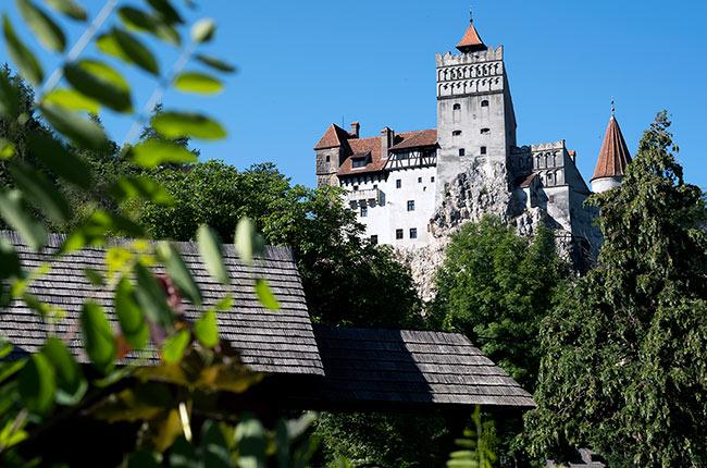 Fachada del Castillo de Bran, en el que se inspiró la leyenda de Drácula (Rumanía)