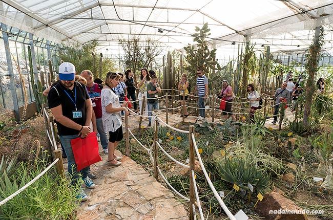 Visitando el jardín botánico de Casarabonela (Málaga)