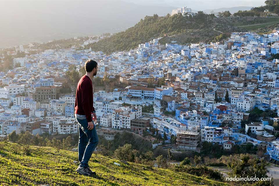 Viendo Chefchaouen desde lo alto de la Mezquita española (Marruecos)
