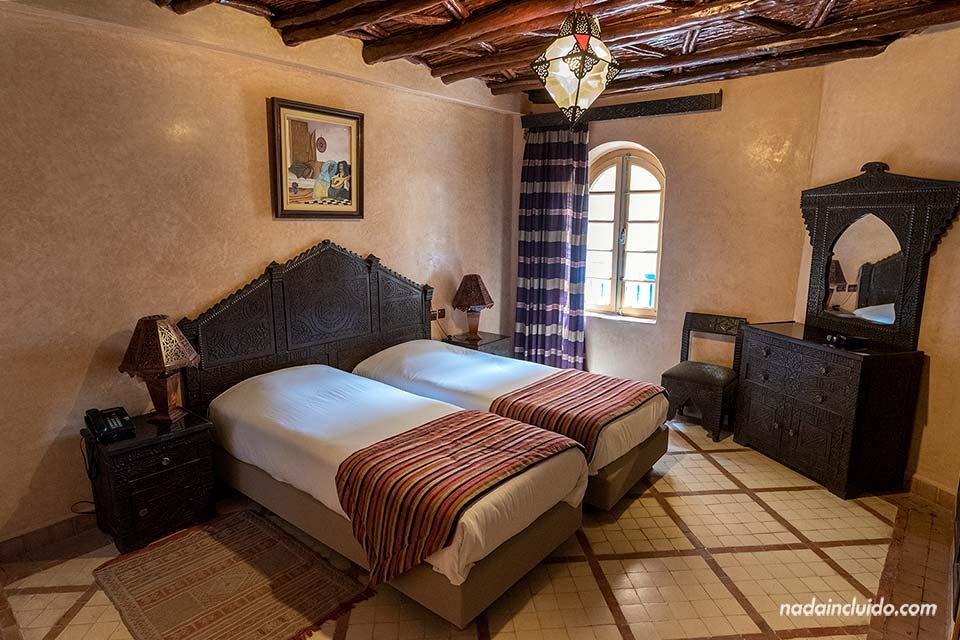 Habitación del riad Mimouna en Essaouira (Marruecos)