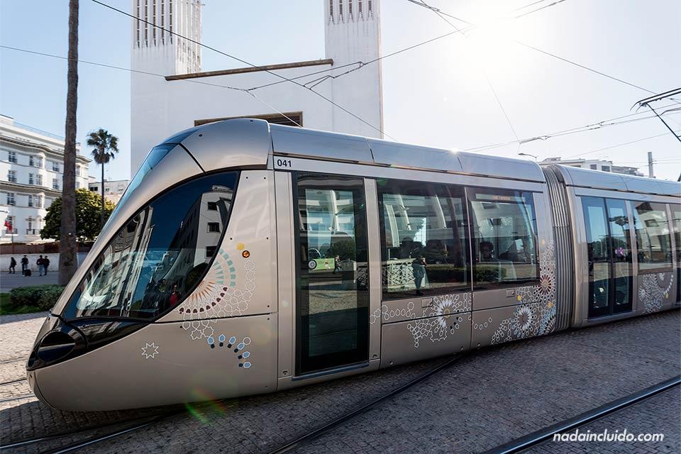 Tranvía en Rabat, la capital de Marruecos