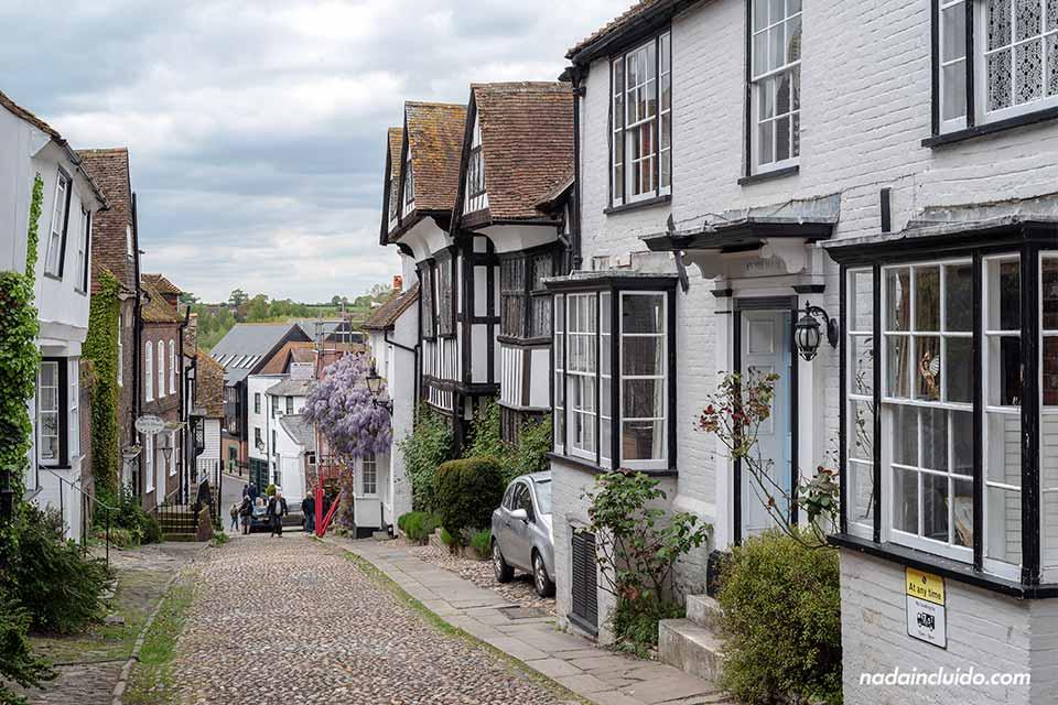 Calle del pueblo de Rye, al sur de Inglaterra