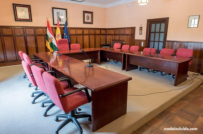 Sala de plenos del ayuntamiento de Santo Domingo de la Calzada (Rioja, España)
