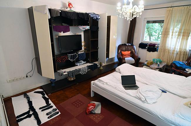 Ropa tendida en nuestro apartamento de alquiler en Sibiu (Rumanía)