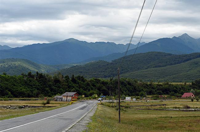 Carretera en Rumanía cerca de la Transfagarasan