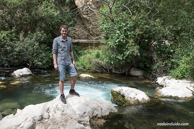 Junto al río Castril en el sendero de la cerrada (Granada, Andalucía)