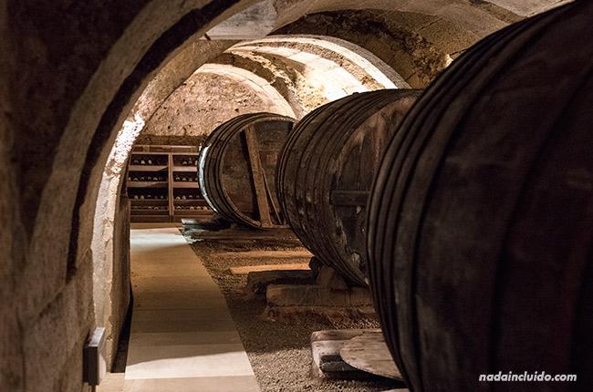 Calados de la oficina de turismo de Lagurdia (Rioja Alavesa, España)