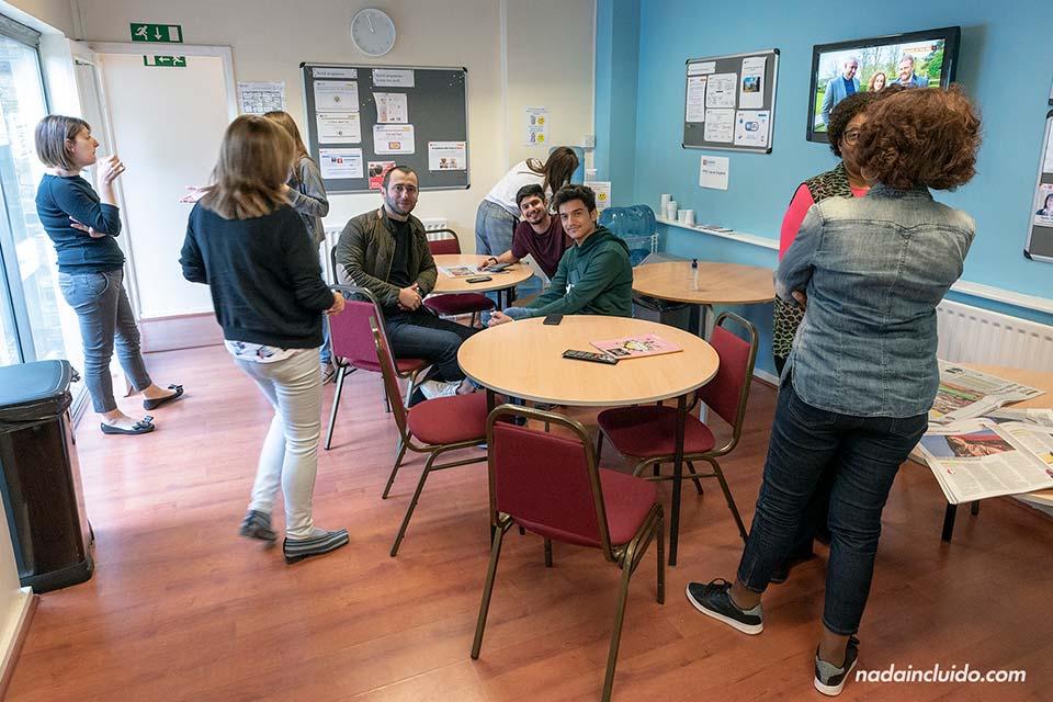 Sala de estar en la escuela de Sprachcaffe de Londres, en el barrio de Ealing (Inglaterra)