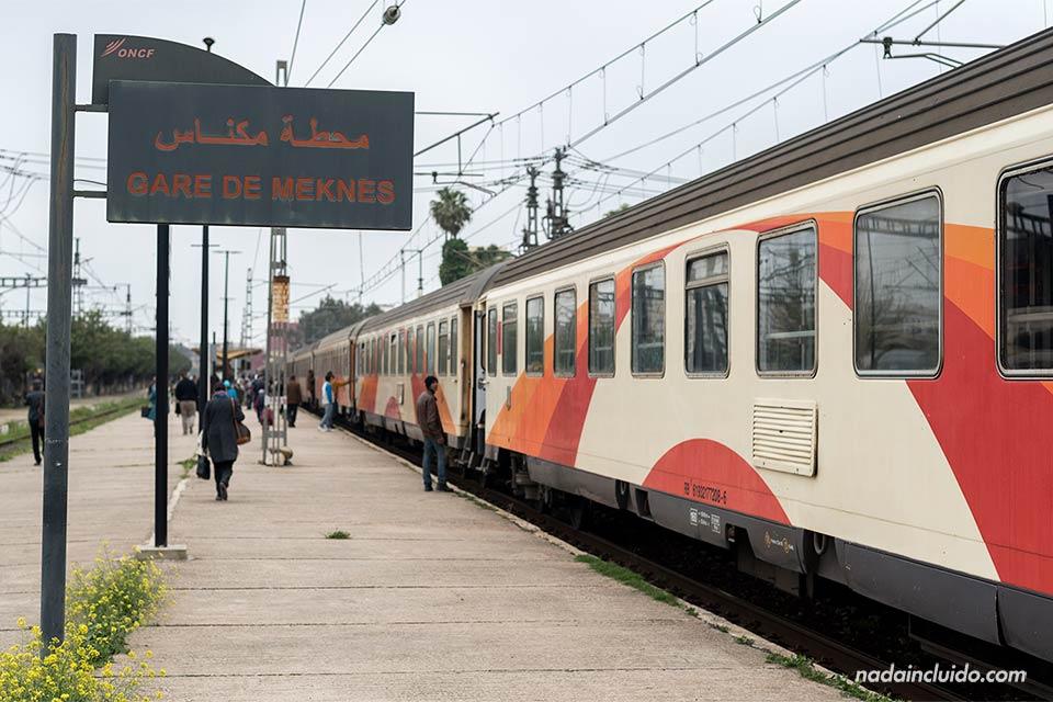 Estación de trenes de Meknes (Marruecos)