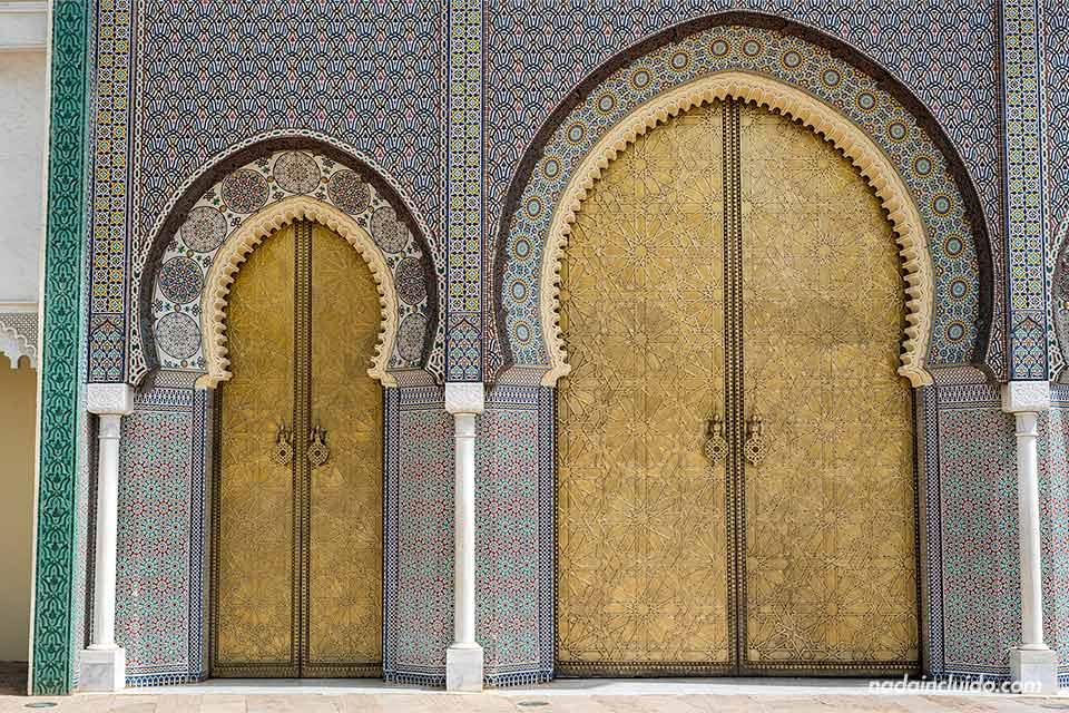 Puertas del palacio real de Fez (Marruecos)