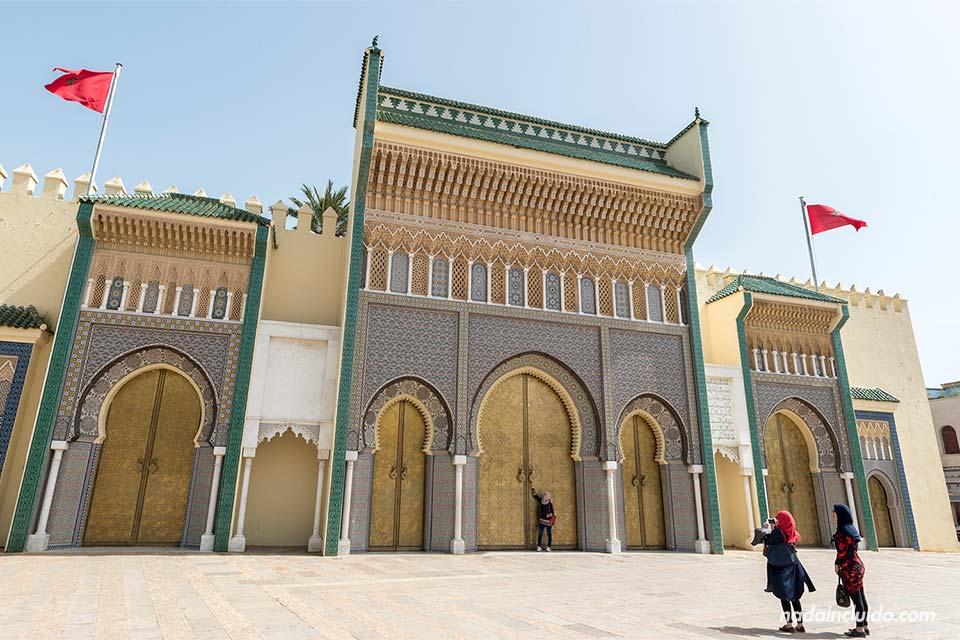Puerta del palacio real de Fez (Marruecos)