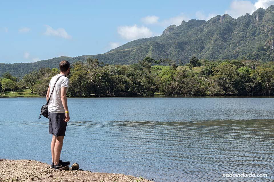 Visitando la laguna de San Carlos, cerca de ciudad de Panamá