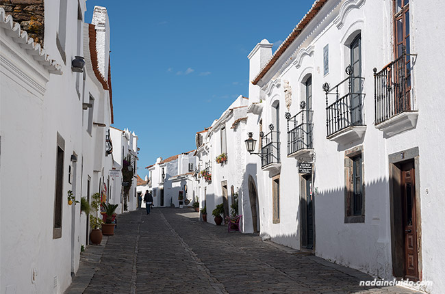 Calle de Monsaraz (Alentejo, Portugal)