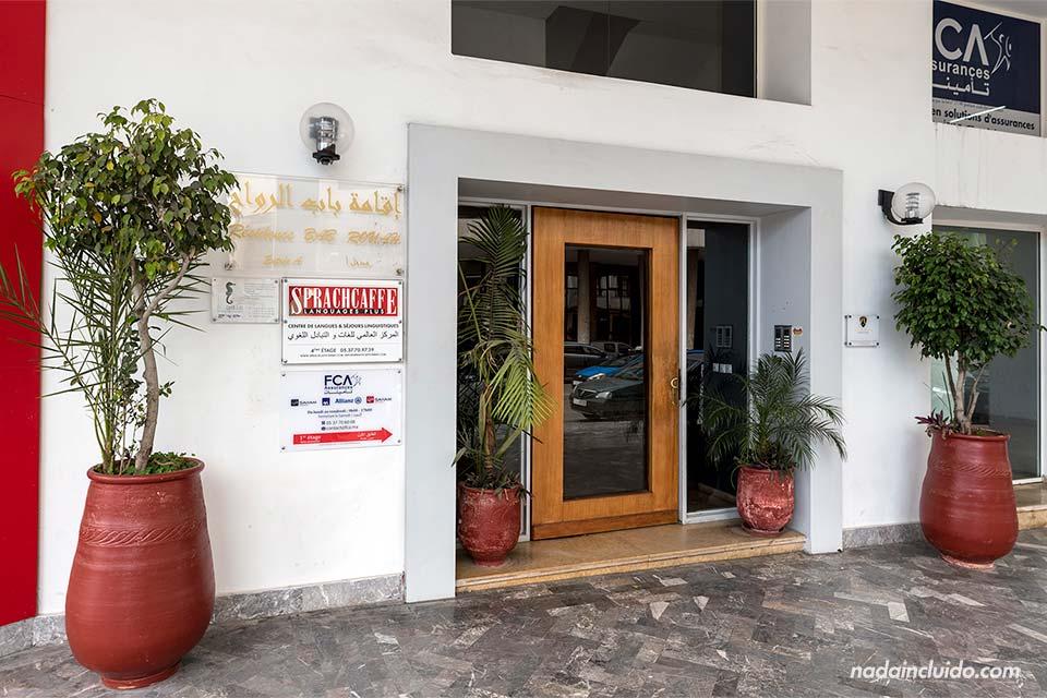 Entrada de la academia de Sprachcaffe en Rabat (Marruecos)