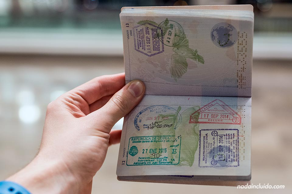 Pasaporte con sello de Costa Rica