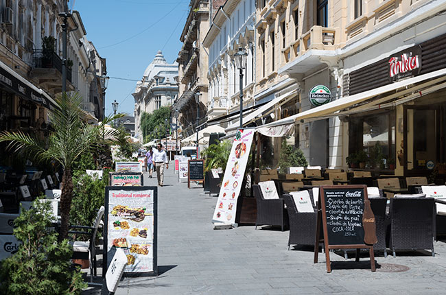 Strada Franceza en el centro histórico de Bucarest (Rumanía)
