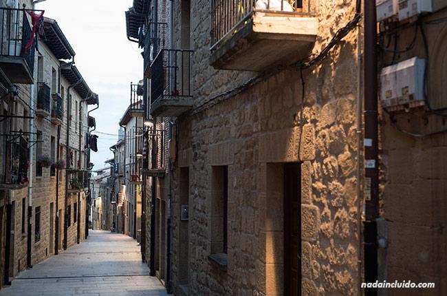 Anochece en Laguardia, capital de Rioja Alavesa (País Vasco, España)
