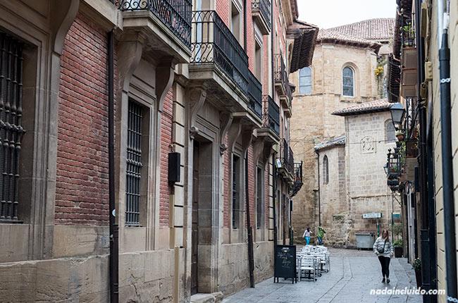 Calle Mayor de Santo Domingo de la Calzada (Rioja, España)