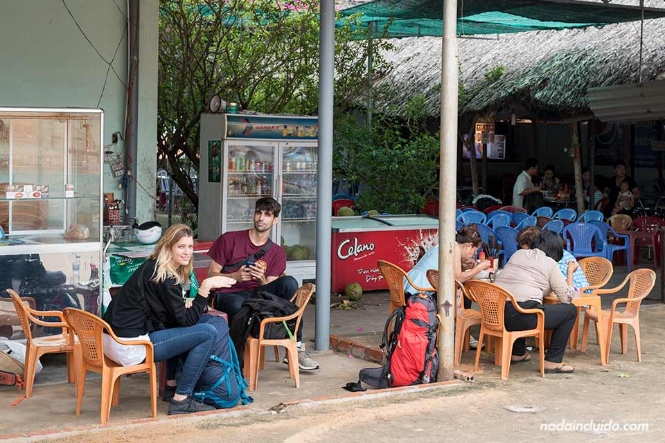 Restaurante junto a la Red Sand Dune de Mui Ne (Vietnam)
