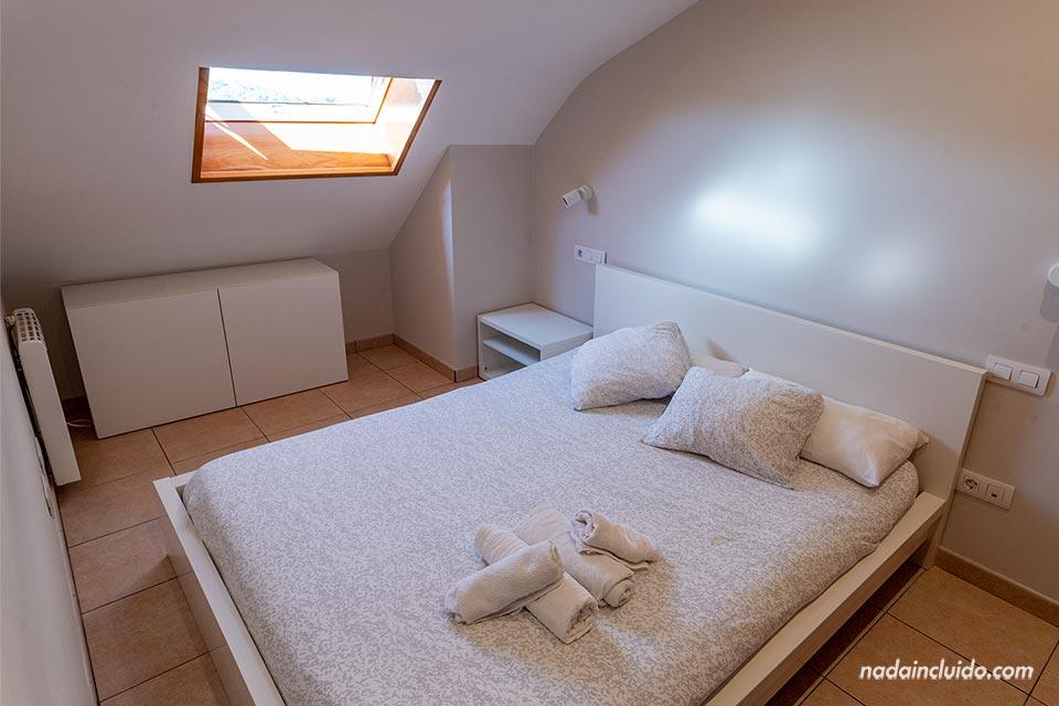 Dormitorio de un alojamiento de Airbnb en Santiago de Carril (Galicia)