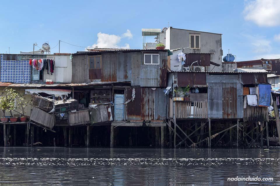 Barrio pobre en Ho Chi Minh (Vietnam)