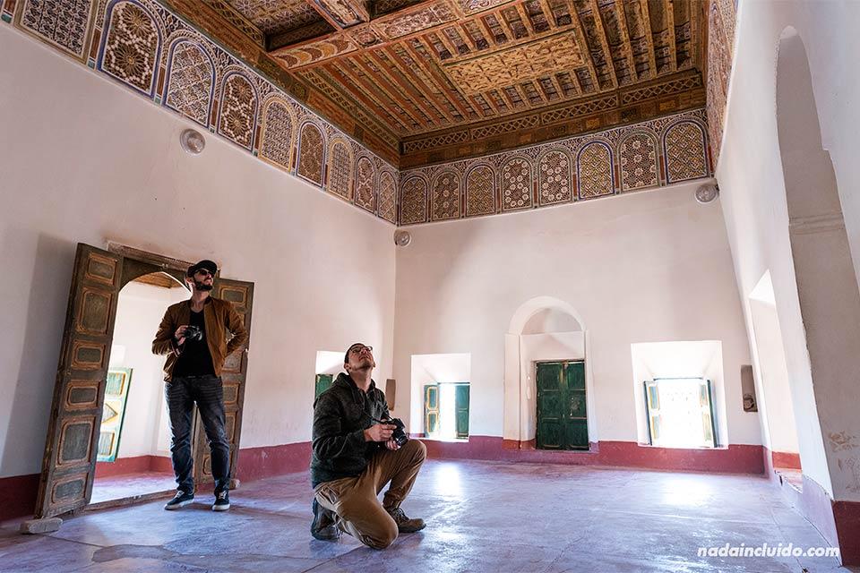 Fotografiando una habitación del Kasbah Taourirt, Ouarzazate (Marruecos)