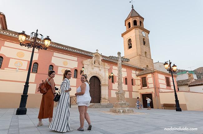 Blogueras en la iglesia Santa María La Mayor de Padul (Granada, Andalucía)