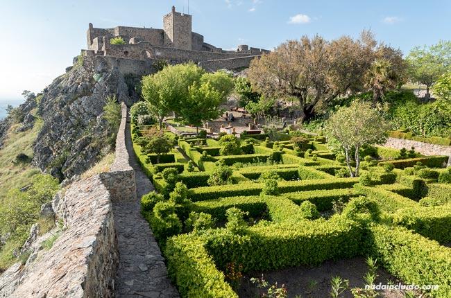 Jardines del castillo de Santa María de Marvao (Alentejo, Portugal)