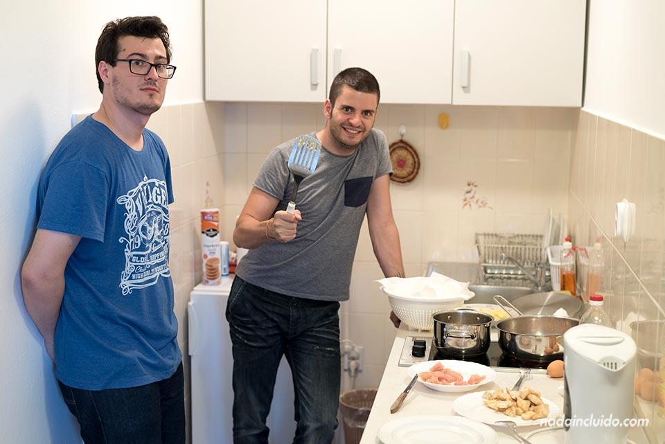 Cocinando en la Guest House Anica, en Dubrovnik (Croacia)
