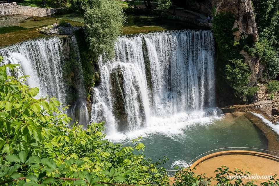 Catarata de Jajce (Bosnia)