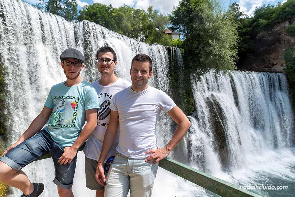 En la catarata de Jajce (Bosnia)