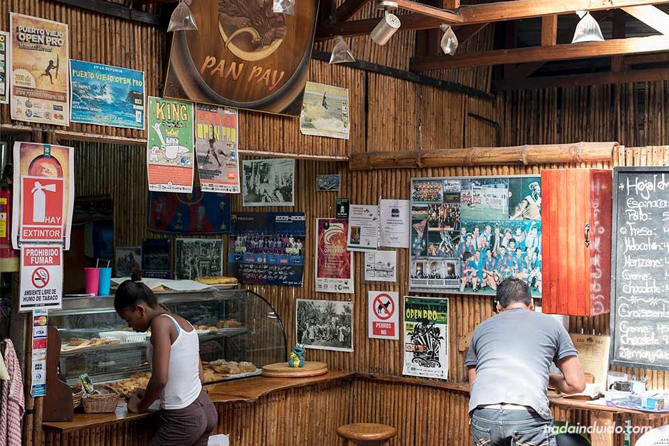 Barra del restaurante Pan Pay en Puerto Viejo (Costa Rica)