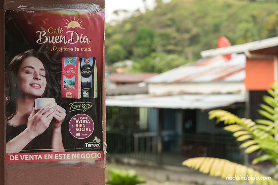 Cartel de Café Buen Día en Quepos (Costa Rica)