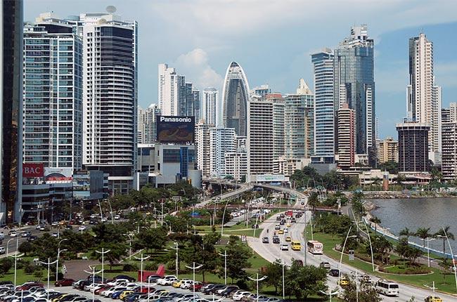 Foto de ciudad de Panamá. Fuente: Wikipedia.