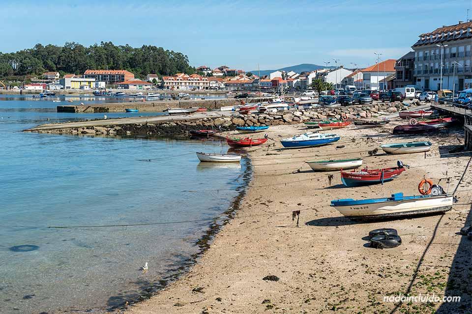 Pueblo de illa de Arousa (Galicia, España)