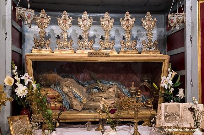 Momia en el Asador el Santo (La Malahá, Granada)
