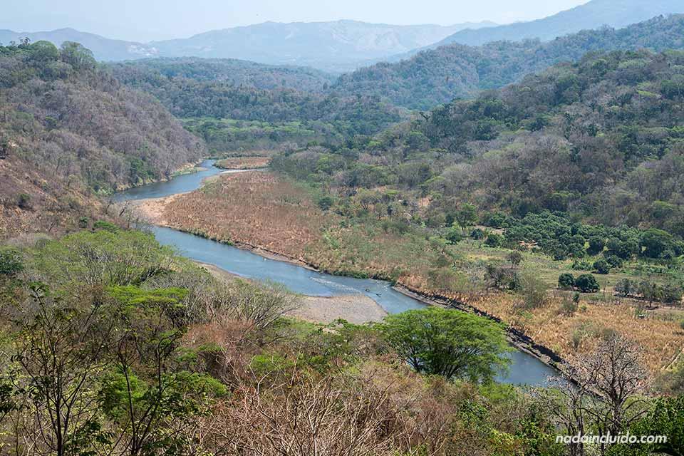Vistas desde lo alto del Parque Nacional Carara (Costa Rica)