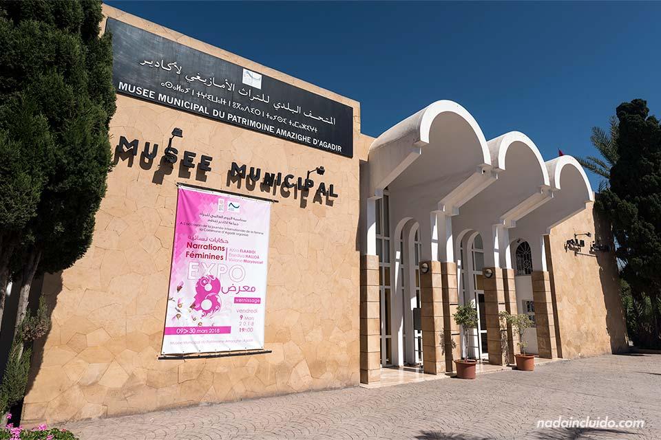 Fachada del museo municipal de Agadir (Marruecos)