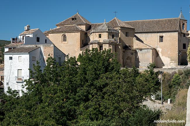 Fachada de la iglesia del Carmen de Alhama de Granada