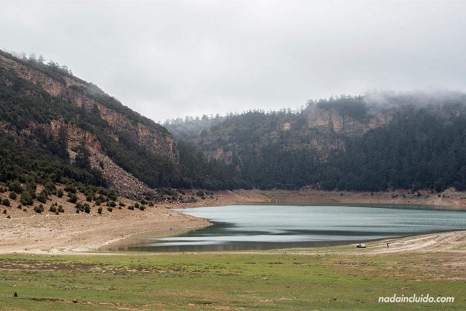 Lago Aguelmame Aziza (Marruecos)